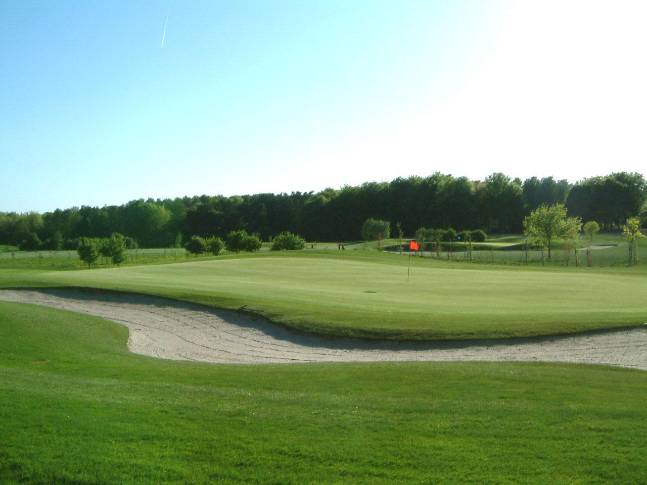 Empereur Golf Course-15709