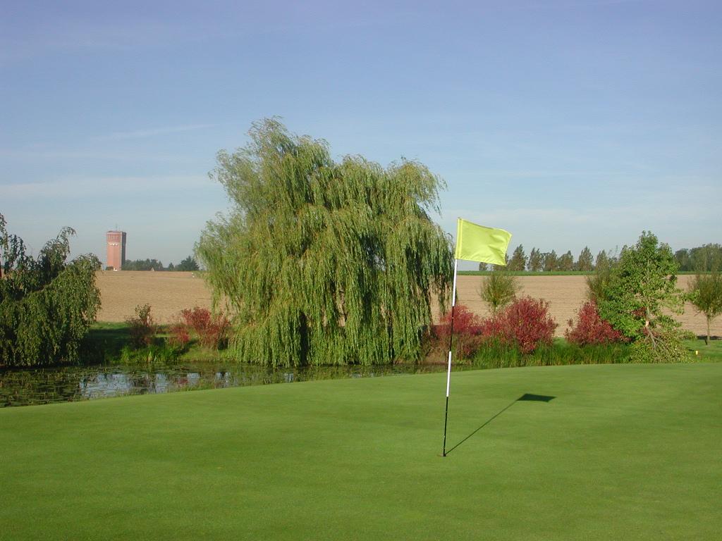 Rigenee Golf Course-15655