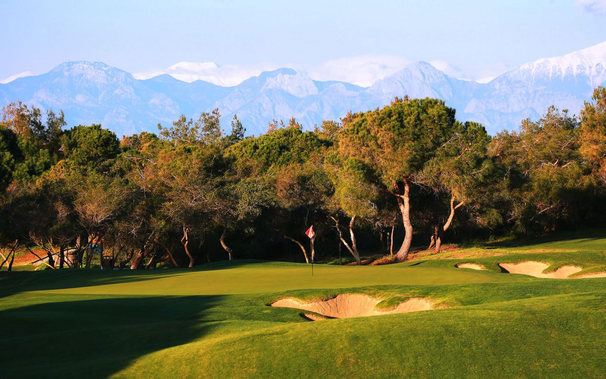 Titanic Golf Course-17031